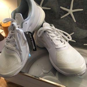 NWOB Stella M Adidas Sz9 Sneakers